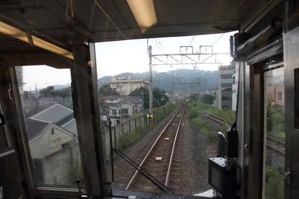 宇治駅出発直後