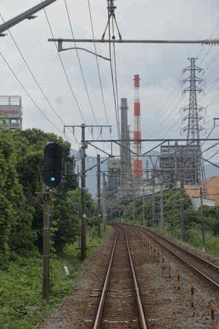 富士駅にさしかかる前に見える風景